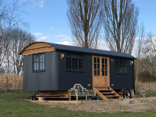24' x 9' Shepherds Hut