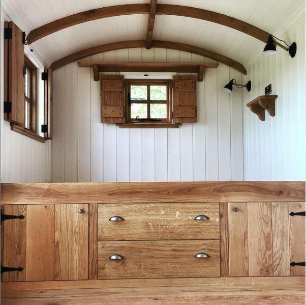 Rustic Oak Shepherds Hut Interior